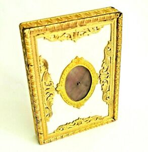 Vintage Italy Gold Gilt Figural Frame Powder Compact with Abalone Insert.