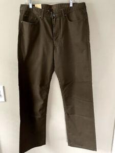 Haggar Men's Premium Twill Straight Fit Pants Dark Green Size 34x32 Brand New