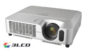 HITACHI  CP-X260 XGA 3-LCD Portable Projector (1024 x 768) 2500 Lumens
