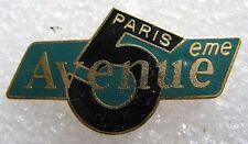 Pin's Chaine Télévision Paris 5 eme Avenue #1782