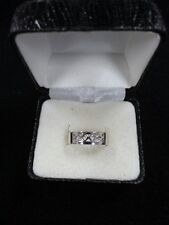 Sterling Silver Unique Design Ring Size 9 2.0 Grams Marked 925 Looks New