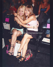 YOUNG ACTRESS COURTNEY PELDON LEGGY STRAPPY HEELS FEET TOES 8X10 PHOTO A-CP9