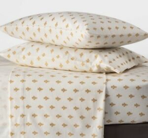 Theshold King Printed Pattern Fall Flannel Sheet Set - Gold Flower