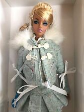 "FASHION ROYALTY DYNAMITE GIRLS CHILL FACTOR ""ARIA""  2010 DOLL INTEGRITY T."
