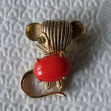 vintage WEISS Mouse brooch Coral lucite jelly belly Gold tone Green eye HTF rare