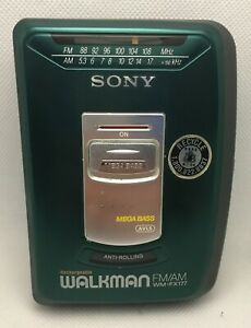 Sony Walkman WM-FX177 FM/AM Vintage - AS-IS FOR PARTS NOT WORKING