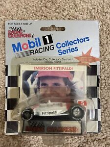 Racing Champions Mobil 1 Emerson Fittipaldi Die Cast Car 1:64 Collectors Card