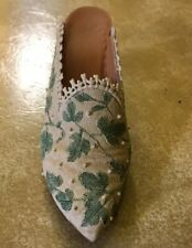 """Just the Right Shoe by Raine 1999 """"Touch of Lace"""" Item 25061"""
