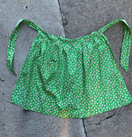 Vintage Country Half Apron~Apple Green Daisy Print~1950s Homespun