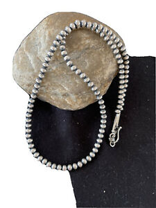 """NWOT Native American Navajo Pearls 5mm Sterling Silver Bead Necklace 21"""" Sale"""