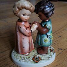 """Goebel Hummel Unicef """"Friends Together"""" Vintage Porcelain Figurine 662/0 1993"""
