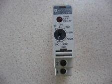 telemecanique relais timer RE1 - LC013