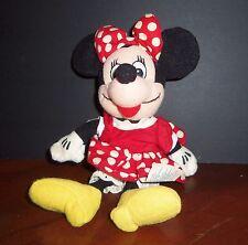 Dwd Disney World 7 Inch High sitting Minnie Mouse Soft Figurine Vintage 1990's