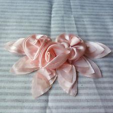10 handmade 3D Satin Fleur Feuille Applique Motif-Rose clair - 10 cm x 17 cm-M33