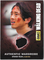 Walking Dead Season 4 Costume Relic Wardrobe Card Steven Yeun Glenn M54