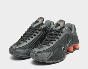 Nike Shox R4 Casual Shoes Grey / Total Orange Sz 5.5 Womans 7 104265-054