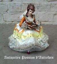 B2017977 - Très belle figurine en porcelaine - Très bon état