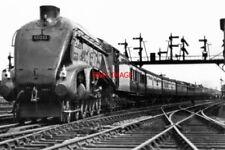PHOTO  LNER CLASS A3 LOCO NO 60033. READING W. M .JCN. 1948 EXHCHANGE TRIALS TO