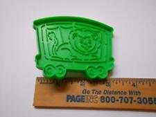 1990 WILTON CIRCUS LION COOKIE CUTTER GREEN PLASTIC