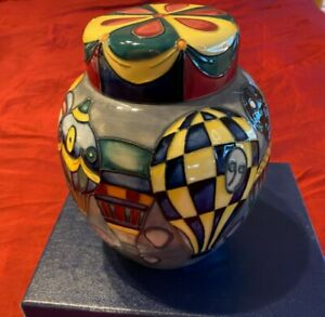 MOORCROFT 'BALLOONS' GINGER JAR AND COVER