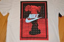 "Nike ""Headless Angel Statue"" T-Shirt  Color: White Men's Size: X-Large (XL) NWT!"