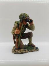 KING AND COUNTRY US ARMY D-DAY INFANTRY KNEELING RIFLE AND BINOCULARS