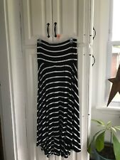 Pre-Owned Motherhood Black and White Maternity Skirt Size:M