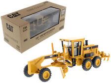 Caterpillar 140H Motor Grader w/ Operator 1:50 Model - Diecast Masters - 85030C*
