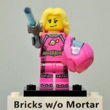 New Genuine LEGO Intergalactic Girl Minifig with Blaster Series 6 8827