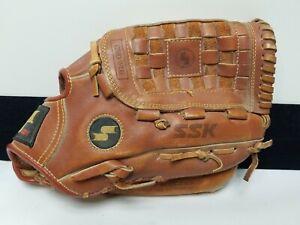 SSK—DPG-870 Dimple Steerhide Leather Baseball Mitt Glove. RHT