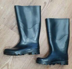 Ladies Black Wellies size UK 7