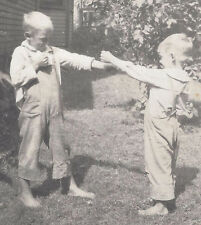 1920s RP POSTCARD YOUNG BOYS IN BOXING MATCH