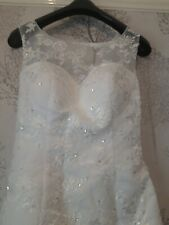 White Mermaid Lace Wedding Dress Size 8