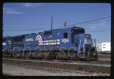 Original Slide Very Nice Conrail CR B40-8 5066 with Special Project Nose Banner