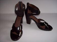 New TOMMY BAHAMA Black leather  high heel sandals  Sz 7.5M BEAUTY!