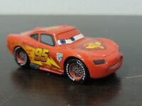 Disney Store Pixar Cars Lightning McQueen Diecast Collectible Vehicle