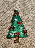 Vintage Christmas Tree Brooch Pin with Red Enamel Bows and Clear Rhinestone C207