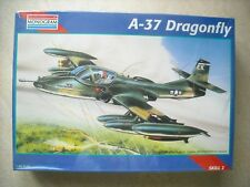 REVELL-1/48-#85-5486- A-37 DRAGON FLY