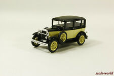 GAZ-3 (6) Taxi (beige with black), scale model cars 1:43