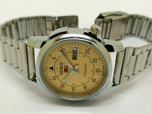 Seiko 5 Automatic Mechanical Stainless Steel yellow Dial Day Date Vintage watch