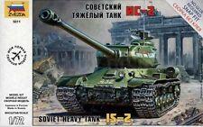 1:72 Soviet Heavy Tank IS-2  Zvezda 5011 Model Kit