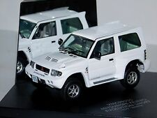 MITSUBISHI PAJERO EVOLUTION SHORT WHITE 1999 VITESSE VMC99035 1:43