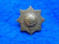 WWI ONWARDS COLDSTREAM GUARDS BRASS CAP BADGE