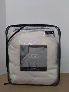 UGG Polar Reversible Blanket Size:Twin