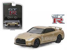 2016 NISSAN GT-R (R35) GOLD GT-R 45TH ANNIVERSARY 1/64 CAR BY GREENLIGHT 27850 F