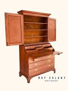 18TH C CHIPPENDALE PERIOD CONNECTICUT CHERRY ANTIQUE SECRETARY DESK ~ EXQUISITE