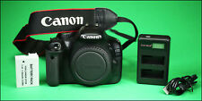 Canon EOS 550D DSLR camera, Batterie & Chargeur USB & Sangle 7,982 coups