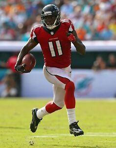 Julio Jones UNSIGNED 8X10 Photo Atlanta Falcons (C)