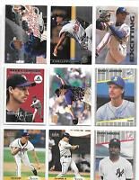 LOT OF 600  BASEBALL CARDS WITH RANDY JOHNSON ROOKIE & DEION SANDERS ROOKIE