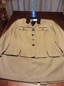 Womens Tan And Black Plus Size 2 Piece Houndstooth Le Suit Size 24W